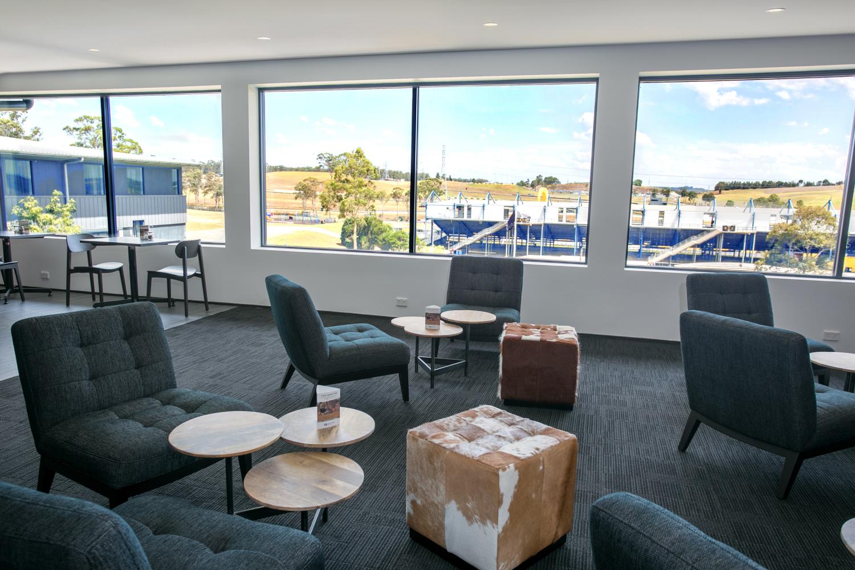 Alpha Hotel Club Lounge