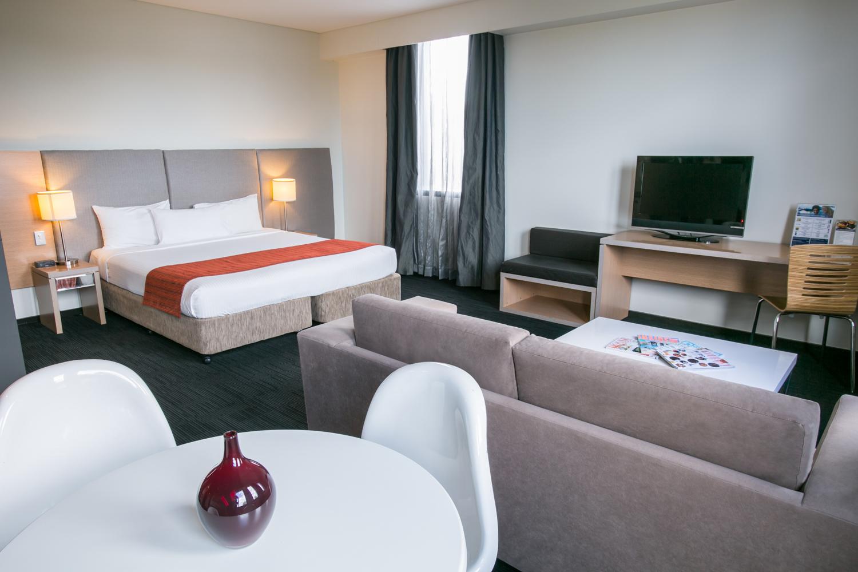 Alpha Hotel_Suite 2
